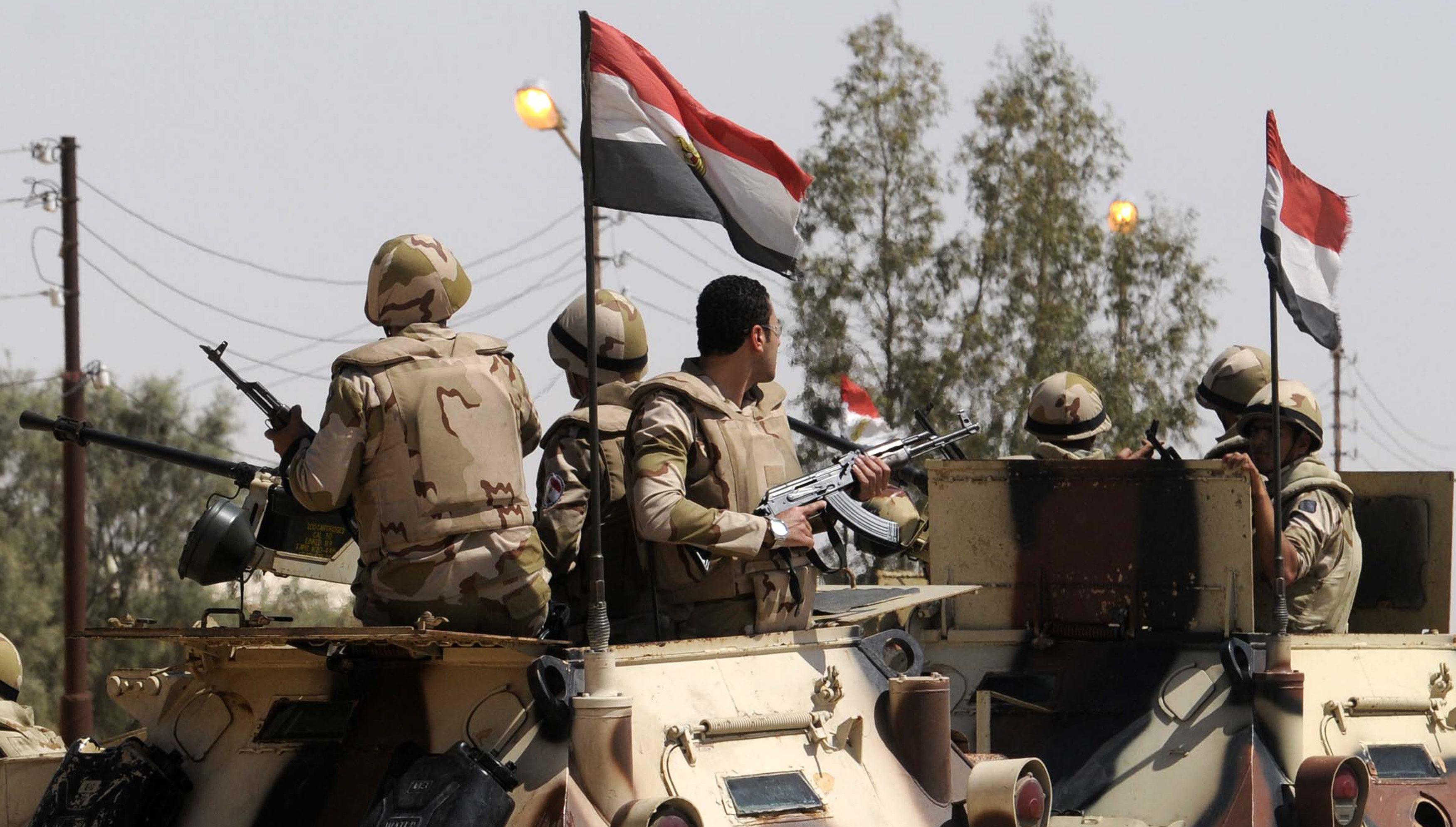 الجيش المصري يدمر 16 وكراً إرهابياً وسط سيناء