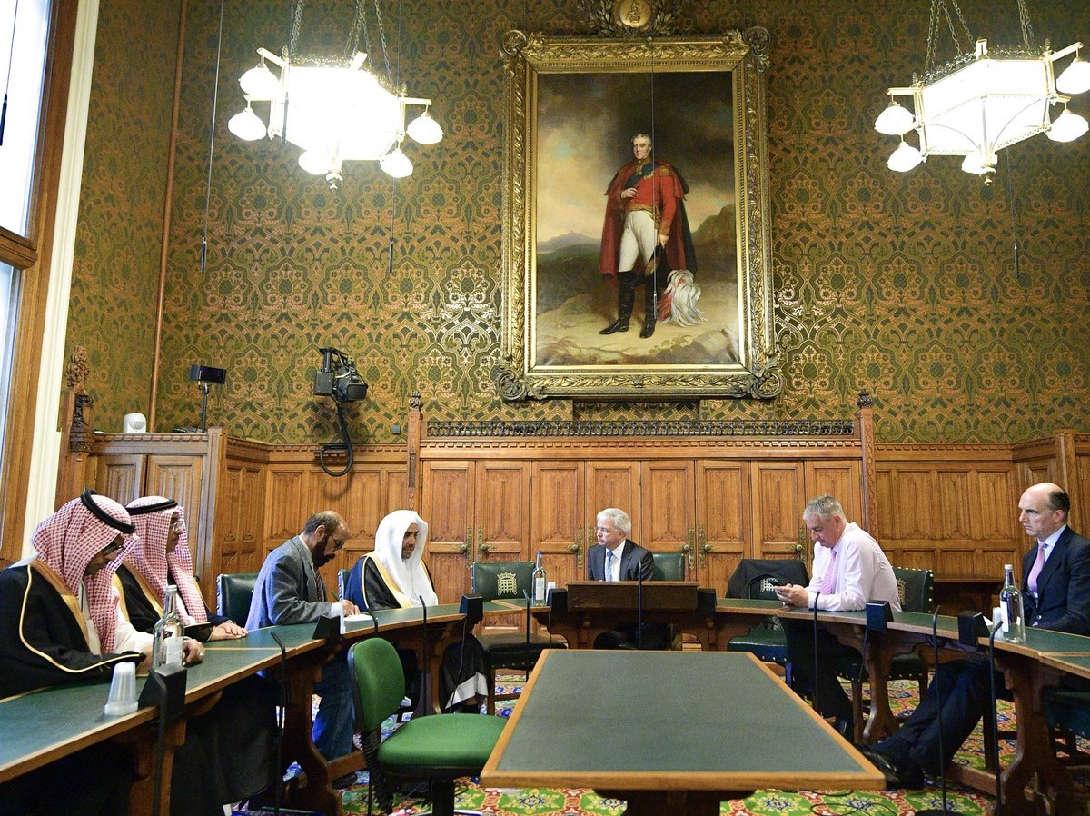 The Secretary-General of the MWL Dr. Mohammed Al-Issa meets in London a number of British Parliament members; many topics of common interest were discussed.