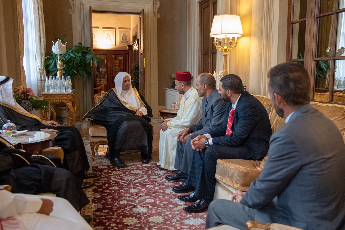 Dr. ِِAlissa meets with a number of leaders of the Muslim Community in Florence, Italy