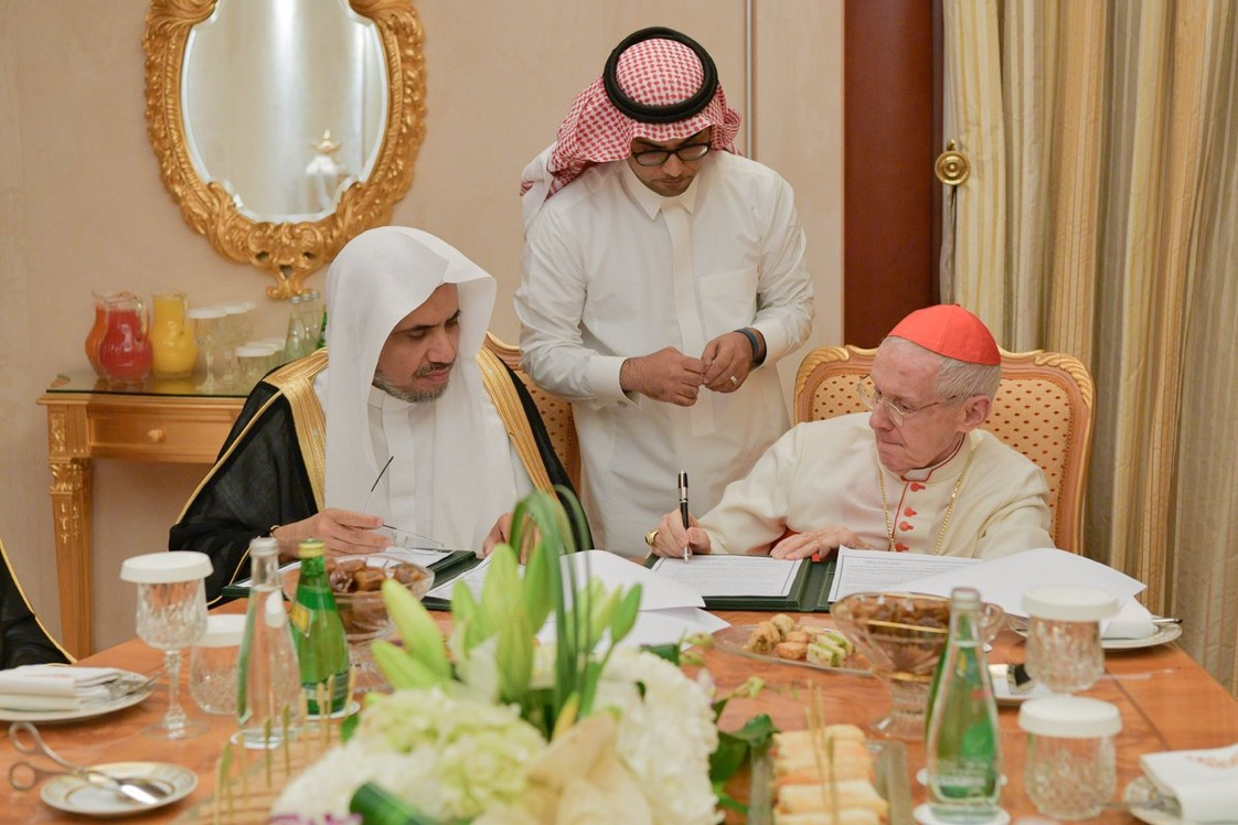 A historical agreement between MWL & Vatican State, represented by Pontifical Council for Interreligious Dialogue PCID