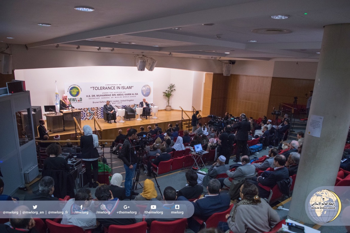 "MWL organized a conference ""Tolerance in Islam"" at London University. Islamic leaders, thinkers & diplomats took part."